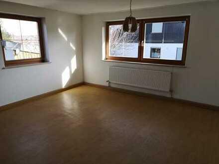 Dieses Haus ist in Gangkofen, Landkreis Rottal-Inn Das Haus wird nur an Firmen vermietet. Das Haus z