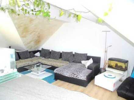 3 Zimmer mit Stellplatz und Dachterrasse, Südstadt Maschseeseite.