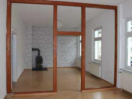 Gepflegte 3-Zimmer-Wohnung mit Terrasse in Apolda