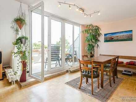 Schöne Maisonette Wohnung mit Dachterrasse direkt am Wasser in Spandau und am Naturschutzgebiet