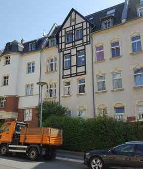 Kaufen und sofort einziehen! Helle Zwei-Raum-Wohnung im 2. OG mit Balkon in grüner Umgebung