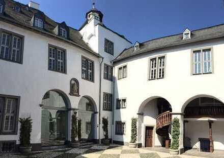 Wohnen auf 210qm in der historischen Altstadt von Limburg mit direktem Blick auf den Dom
