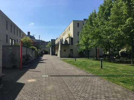 Modernes, helles & ruhig gelegenes Stadthaus / Townhouse 3-Zimmern in Oberbilk