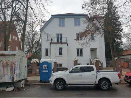 Herrschaftliche 5 Zimmer Wohnung/ Neubau!