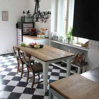 Freundliche 3-Zimmer-Wohnung mit kleinen Balkon in Essen-Bredeney