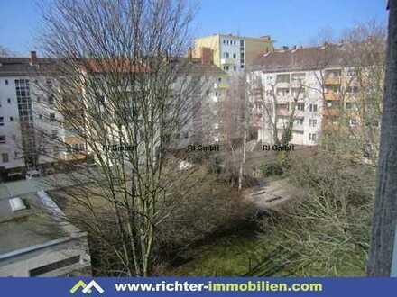 Pranckhstraße: 2 ZKB mit Wohnküche und Balkon - sofort frei!