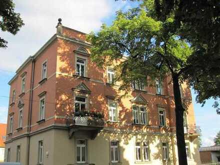 Hochwertige Denkmalschutzsanierung - Ein Nest im Grünen und das mitten in der Stadt