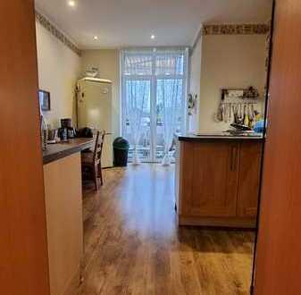 Sehr schöne 5-Zimmer-Wohnung mit Balkon in 45476, Mülheim