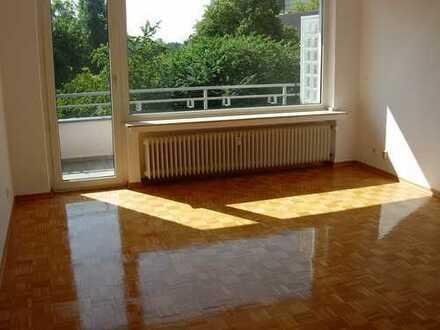 Meerbusch-Büderich, gepflegtes 1 Zimmer-App., ca. 35 m², KDB, Balkon, EUR 367,- + NK