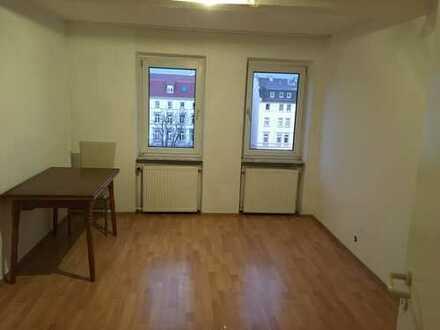 3,5-Zimmer-DG-Wohnung in Offenbach