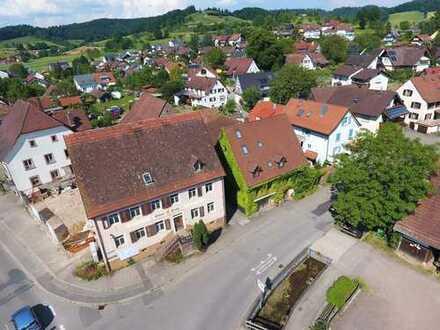 Sanierungsabschreibung: Hochwertige Maisonette-Wohnung im Dachgeschoss mit Balkon und 360°-Blick