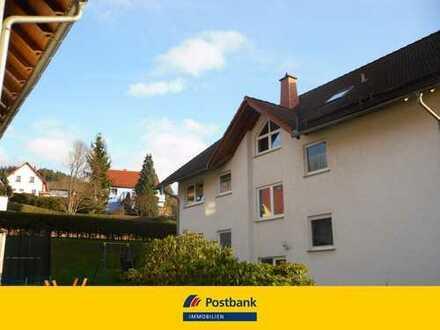 Attraktive vermietete 3 Zi-Wohnung mit Balkon in Floh- Seligenthal.