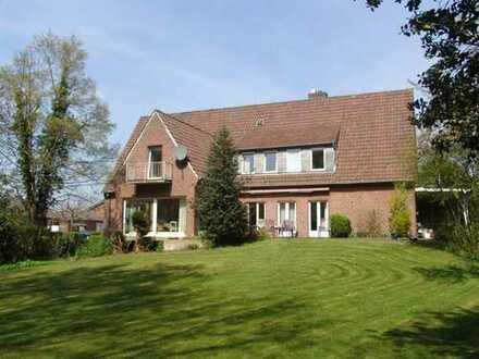 freist. Einfamilienhaus mit großem Grundstück und Baureserve