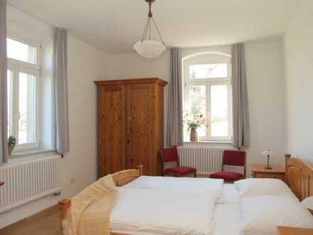 Möblierte Wohnung in idyllischer Lage - Nähe Flughafen!