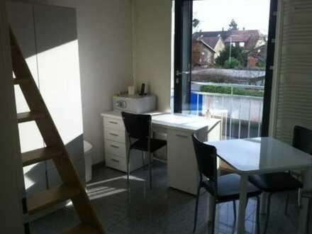 Möblierte Maisonette-Wohnung mit Gemeinschaftsküche, alles im Preis enthalten