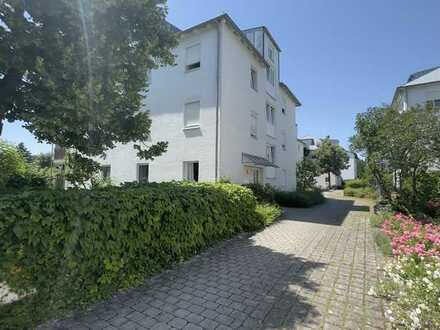 ... AIGNER - charmante, gepflegte 2-Zi-Whg. mit EBK - ideal als Erstimmobilie - Blick ins Grüne ...