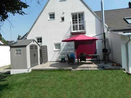 2 Zimmer + Wohnküche + gr. Garten/Terrasse, zu Fuß zur Sbahn + Einkaufen