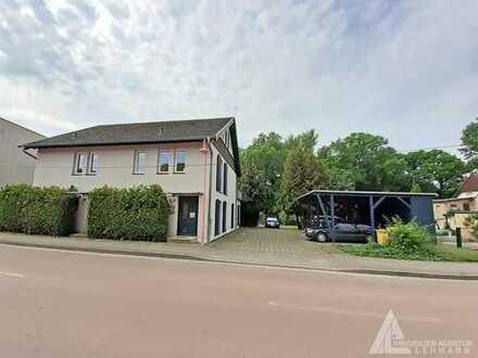 Großzügige Doppelhaushälfte mit großem Garten, Dachterrasse & Carport in Landsberg OT Oppin