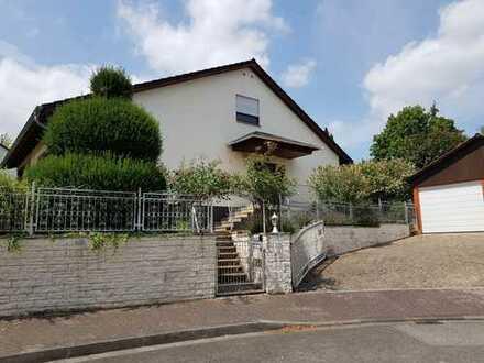 Gepflegtes 12-Zimmer-Einfamilienhaus in Finthen, Mainz