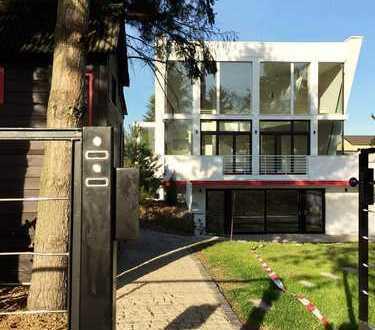 Villa im Bauhausstil in Pankow Niederschönhausen