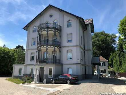 attraktive Gewerbefläche in historischem Wohn- und Geschäftshaus