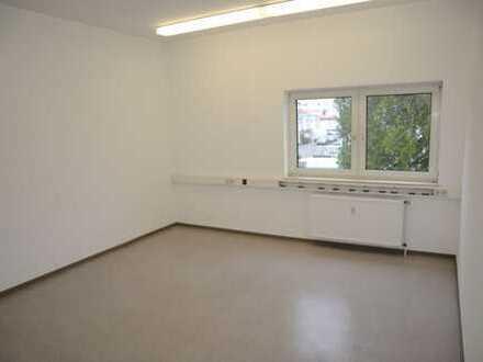 Funktionale Bürofläche - 3 Räume mit Küchenzeile im Gewerbegebiet Nord - Dietzenbach