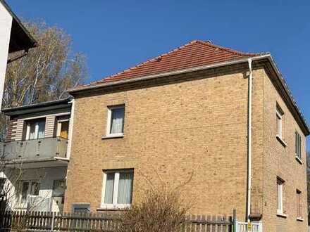 Hübsche verklinkerte Doppelhaushälfte