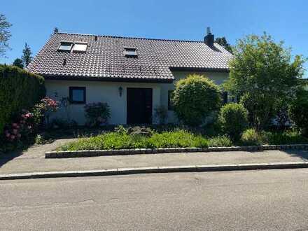 Schönes, geräumiges Haus mit sechs Zimmern in Heilbronn, Biberach
