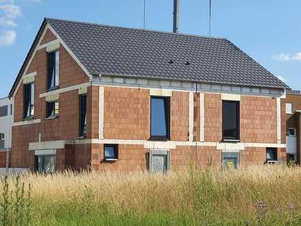 Neubau-Doppelhaushälfte im Neubaugebiet Kappmannsgrund zu vermieten