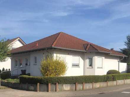 Exklusives, geräumiges und gepflegtes 3-Zimmer-Haus in Knittelsheim