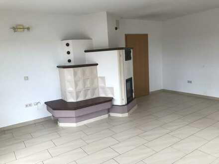 Schöne 5-Zimmer-Wohnung mit Balkon und Einbauküche in Amstetten Ortsteil Schalkstetten