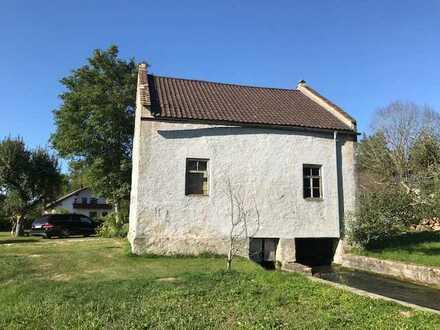Wohnen über dem Bachlauf, ehemaliges Pumpenhaus