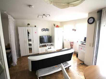 KAPITALANLAGE: Gepflegte 1-Zimmer-Wohnung mit Terrasse und EBK in Lauffen am Neckar