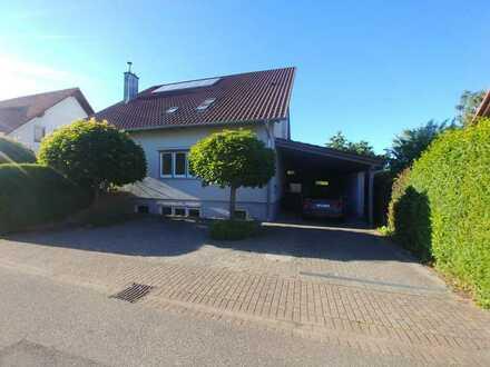 Modernes Haus mit fünf Zimmern und Garten in Kapellen-Drusweiler