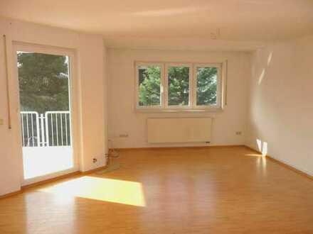 4-Zimmer-Wohnung im 1. OG mit Balkon - ruhige Lage in 74939 Zuzenhausen