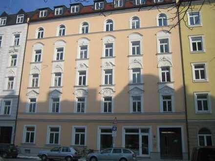 ** Haidhausen - Elsässer Straße ** Sehr schöne 2-Zimmer-Wohnung in traumhaftem Altbau