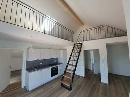 Erstbezug mit EBK und Balkon: schöne 2,5-Zimmer-Dachgeschosswohnung in Bexbach