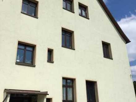 Schöne fünf Zimmer Wohnung in Chemnitz, Klaffenbach