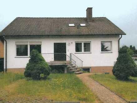 ZWANGSVERSTEIGERUNG: Einfamilienhaus mit Doppelgarage