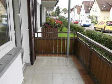 Deizisau: 2-Zimmer-Wohnung mit Einbauküche und zwei Balkons