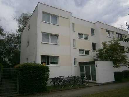 Schöne, ruhige ein Zimmer Wohnung in München Solln, voll möbliert und renoviert