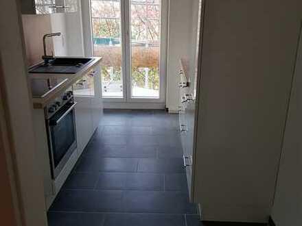 Helle 3-Zimmer-Wohnung mit Balkon und EBK im Nibelungenviertel, Nähe Luitpoldhain