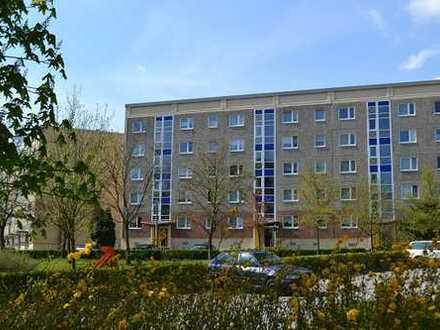 Ruhige 2-Raum-Wohnung in grüner Lage mit Tageslichtbad (jetzt mit virtuellem Rundgang)