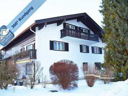 Sehr ruhige 3-Zimmer-Dachgeschosswohnung mit traumhaftem Bergblick in bester Lage