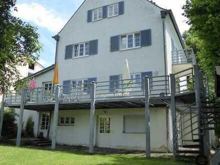Charmantes, großzügiges,gepflegtes EFH mit Einliegerwhg.+viel Potenzial in zentraler Lage Weilheims!