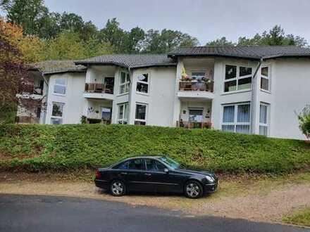 Seniorengerechte gepflegte und ruhige 2-Zimmer-EG-Wohnung mit Terrasse