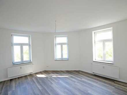 Helle Wohnungen im ruhigen Engelsdorf - Erstbezug nach Sanierung 125 m2