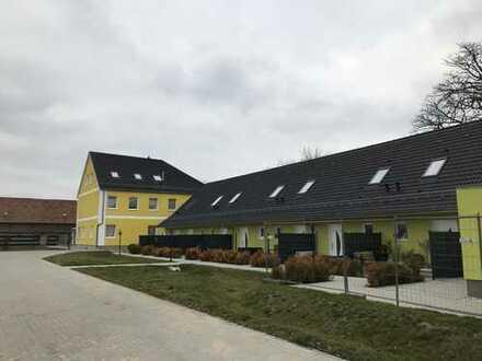 Ruhige Maisonette-Wohnung mit Terrasse im Grünen, 5 min. von Berlin entfernt