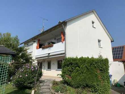 KNIPFER IMMOBILIEN - Gepflegtes Dreifamilienhaus mit schönem Grundstück!