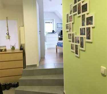 Tolle Wohnung für 2-3 Personen im 1. OG mit eigenem Eingang